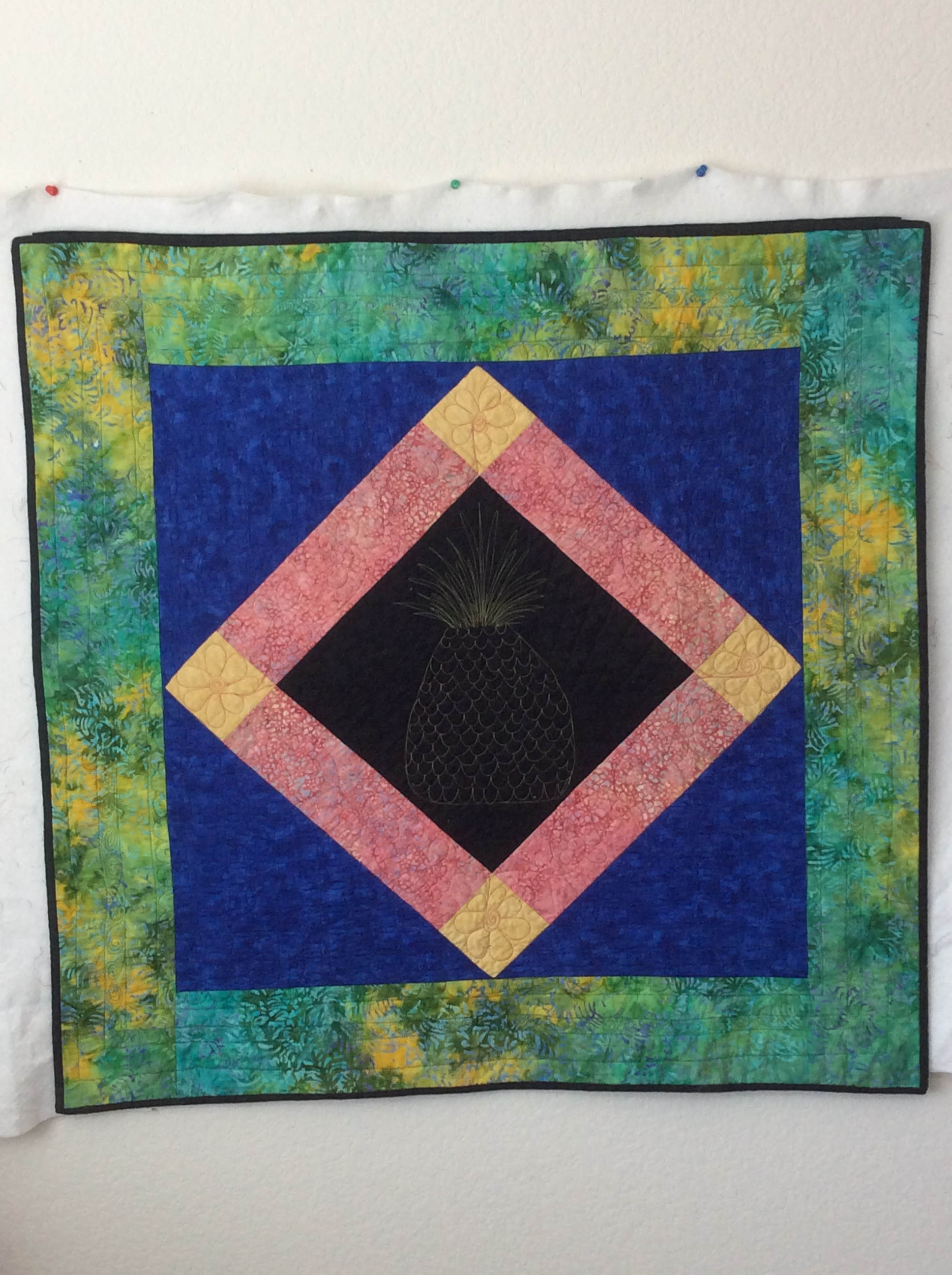 quilt challenge Amish Square pattern